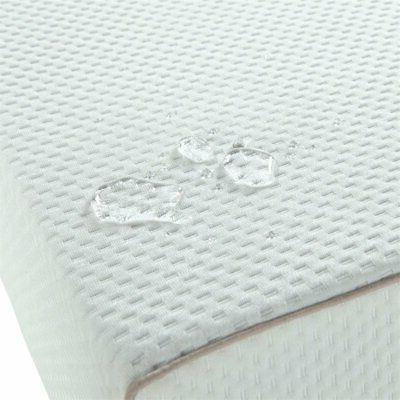 "Graco 6"" Foam Crib and Mattress White"